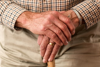 hands elderly